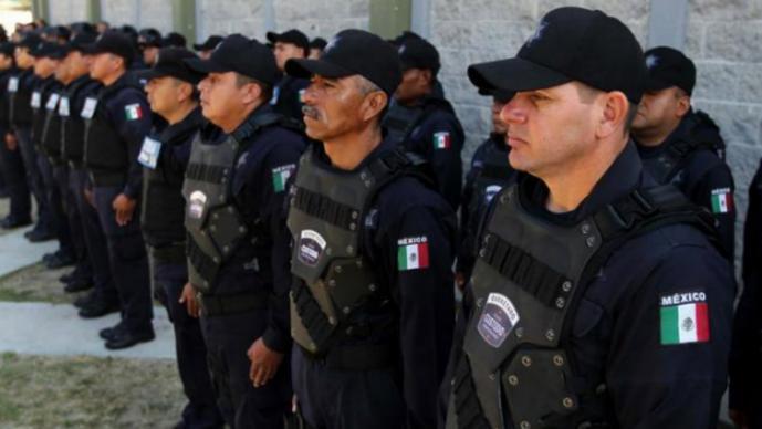 Querétaro policía no hay analfabetas