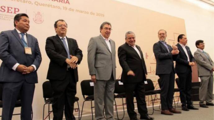 Querétaro destaca desarrollo social y económico