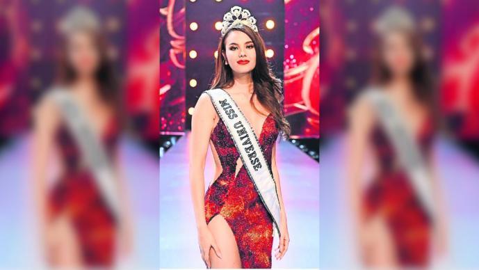 Miss Universo 2019 sufre accidente y rompe su corona