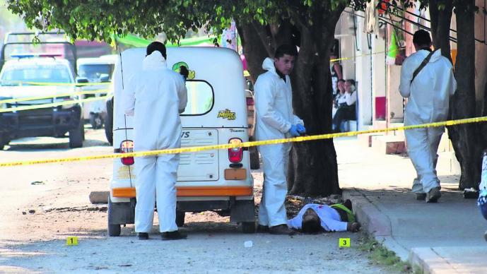 Asesinan a mototaxista Morelos Pistoleros escapan