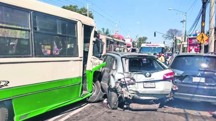 Choque de rutes Mujer herida Xochimilco CDMX
