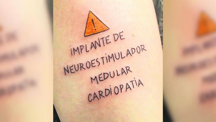 Tatuador ofrece servicio gratuito a personas con enfermedades crónico-degenerativas