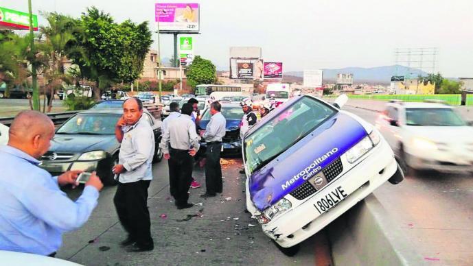 accidente automovilistico choque lesionados paso expres