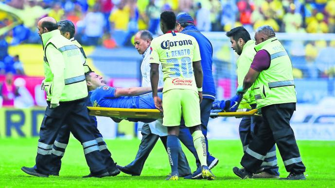 Pablo Aguilar en riego Lesión deportiva Pedro Caixinha Cruz Azul