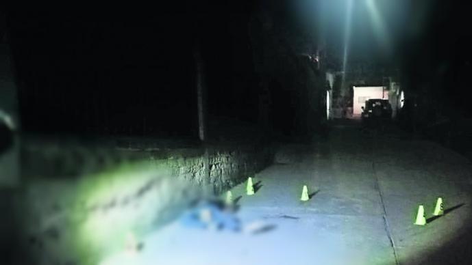 Asesinan a joven con 11 tiros