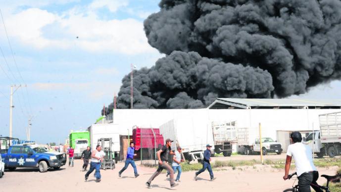 toluca incendio sabado de gloria bomberos emergencia llamas