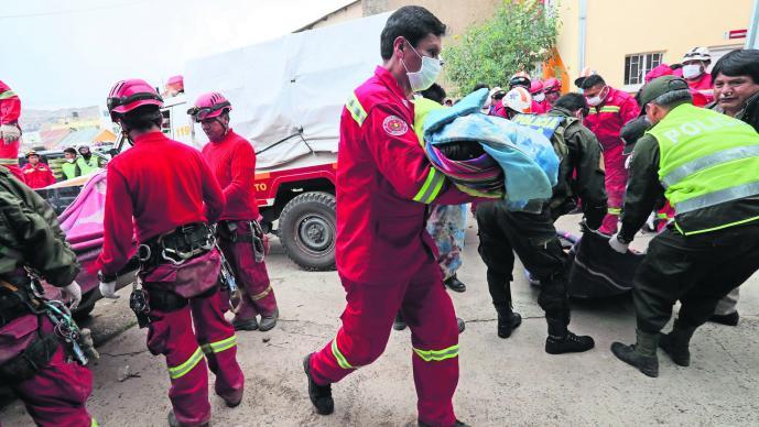 Accidente de tránsito Choque de autos 25 muertos Bolivia