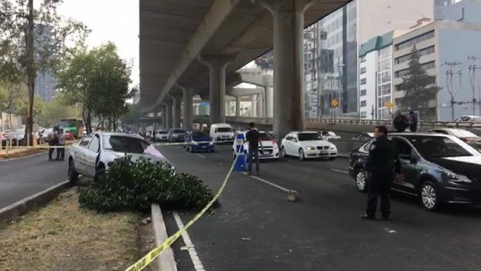 Matan a balazos a automovilista en Periférico Sur CDMX