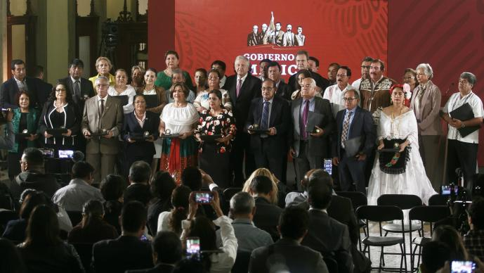 AMLO CONFERENCIA DIA DEL MAESTRO REFORMA EDUCATIVA