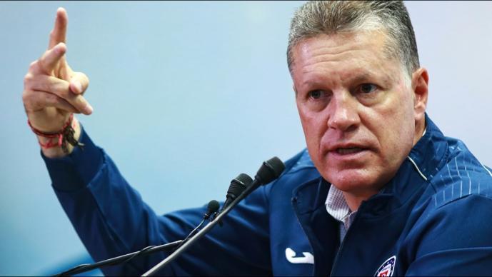 Los movimientos de Cruz Azul que ya confirmó Peláez
