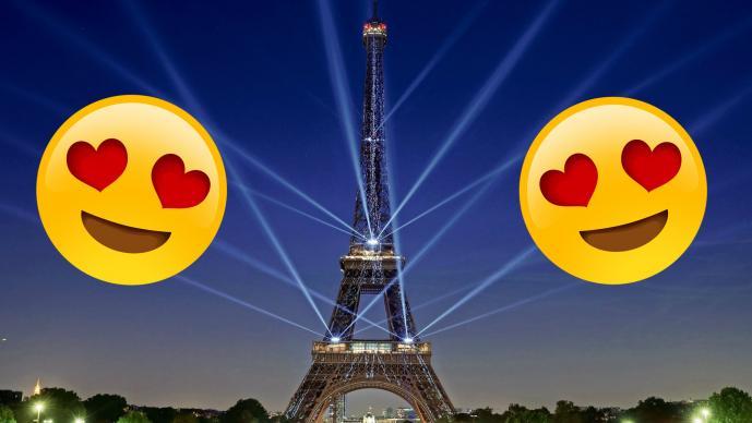 Rayos láser iluminan la Torre Eiffel y causan sensación