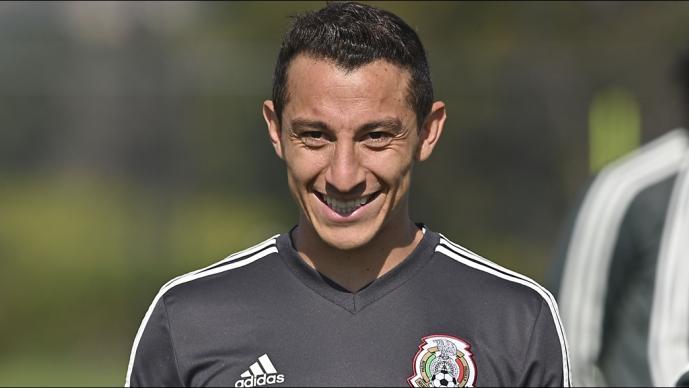 Andrés Guardado coquetea con la MLS