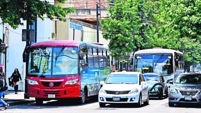 Restricciones vehiculares serán para 81 municipios del Edomex en contingencia ambiental