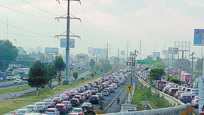 Obras de reencarpetamiento caos vial retrasos