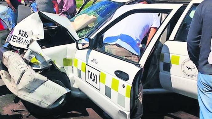 choque frontal taxistas ruletero chofer muerto sin vida cobra la vida toluca-temoaya