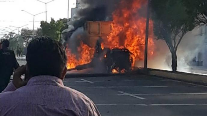 Carambola mortal Trailero sin frenos México-Cuautla