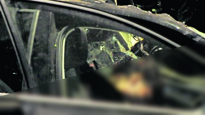 Conductor pierde el control Muere en periférico Segundo piso