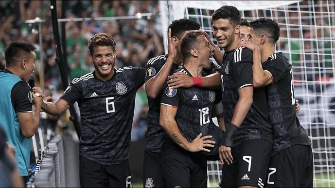México 3-1 Canadá