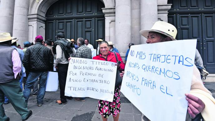 Campesinos mexiquenses manifestaron exigir