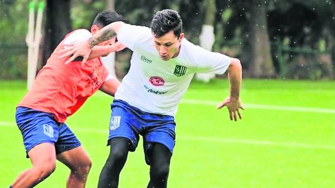 Zacatepec derrota 3-1 Tiburones Rojos