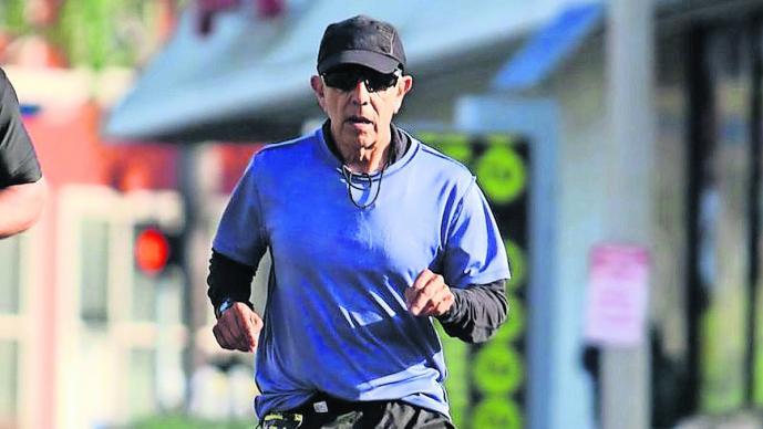maratonista Frank Meza se lanzó puente
