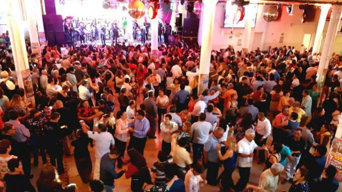 gigante gran salón fiesta pachanga aniversario décimo evento Diego Morán Conjunto Costa Azul Chomba