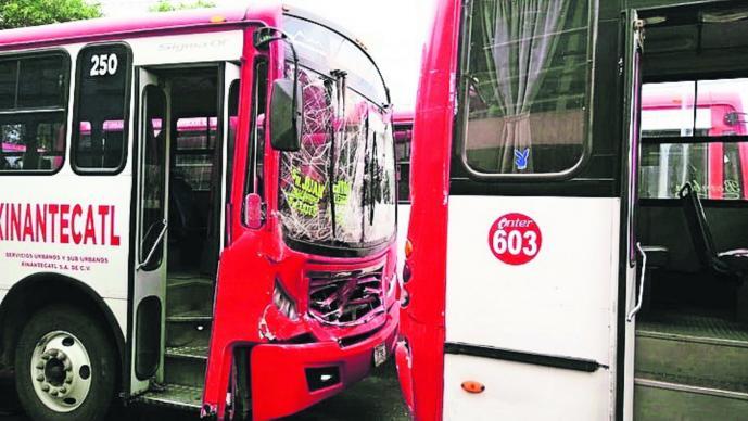 choque camiones Toluca Deja seis lesionados