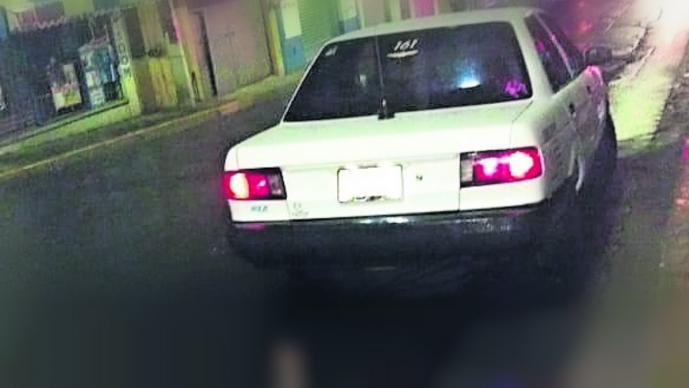 ejecutan taxista lesionan a sacerdote taxi plomazos balacera vehículo Chamilpa