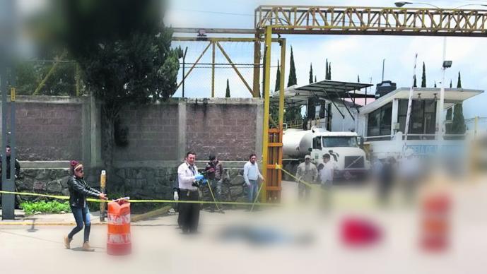 atropellan peatón muere arrollado automovilista paseo tollocan pemex toluca
