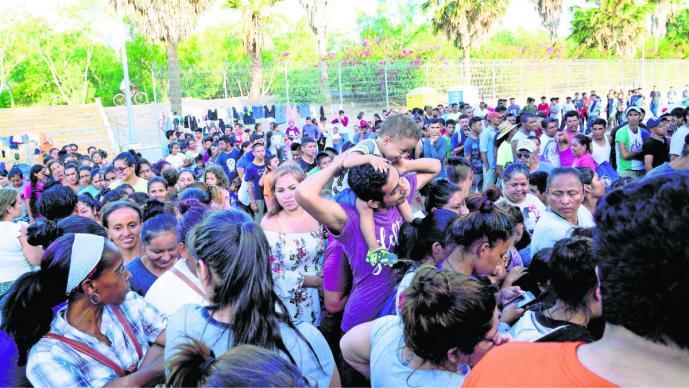 donald trump gobierno autoridades niegan vacunas niños migrantes estados unidos