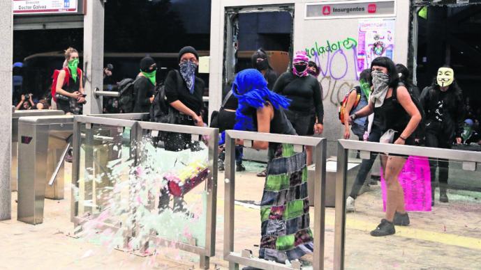 feministas gobierno acuerda promete acabar violencia de género violencia sexual mujeres CDMX