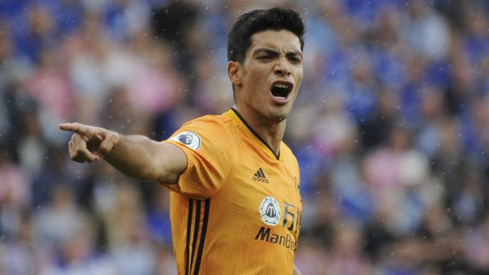 Raúl Jiménez anota gol en la victoria de los Wolves