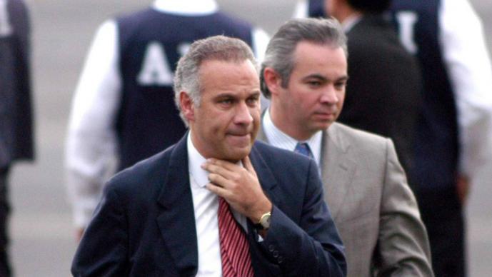 Juan Collado permanecerá en prisión; confirman vinculación a proceso