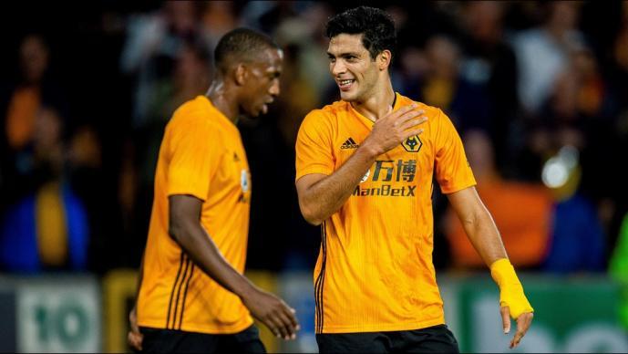 Capitán de Wolves desearía cobrar los penales como Raúl Jiménez