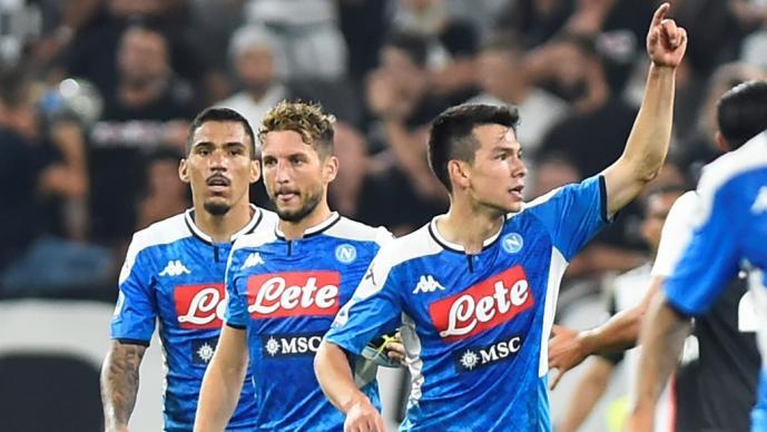 Hirving Lozano es convocado a a la Champions League con el Napoli