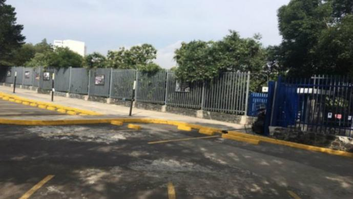 DIPLOMADO RICARDO ANAYA UNAM INSTALACIONES MANIFESTANTES