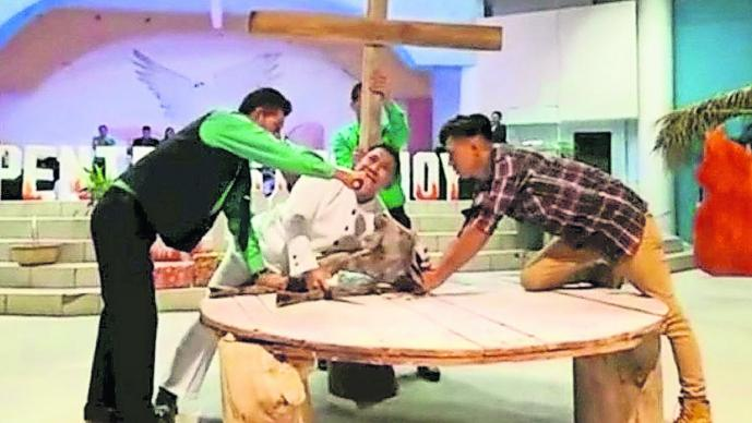 Crucifixión pastor René Henríquez Honduras