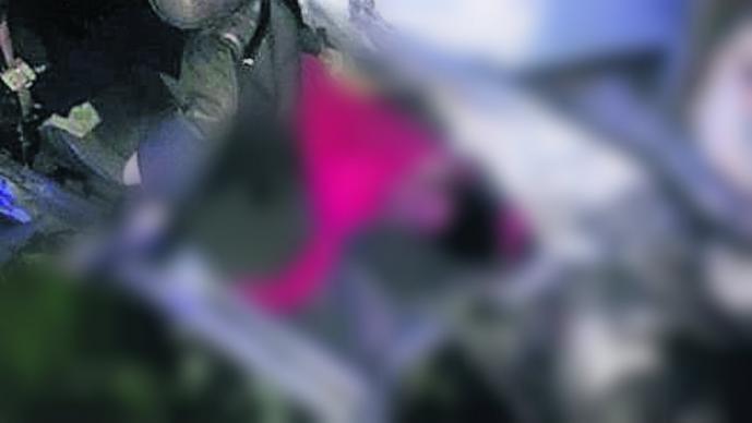mujer prensada volcadura México Cuernavaca