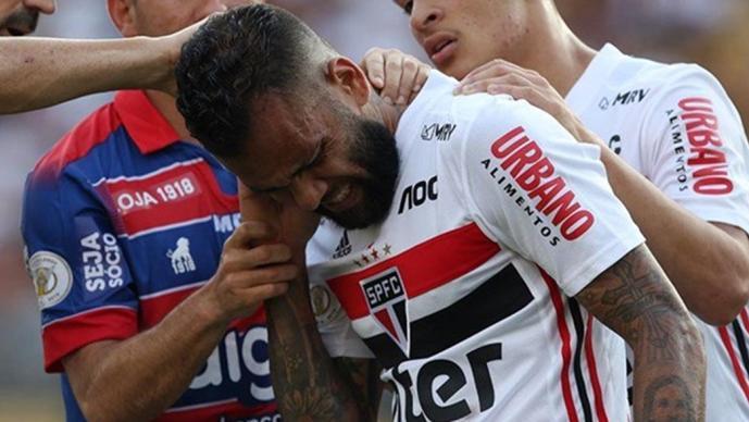 El brasileño se quejó de un piquete durante el juego en el estadio Pacaembú