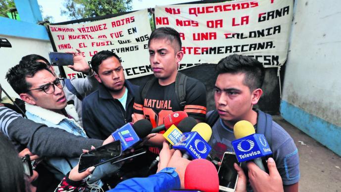 normalistas denucian poco pago y plazas en Edomex
