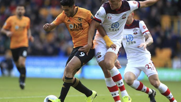 Wolverhampton empata con gol de Raúl Jiménez