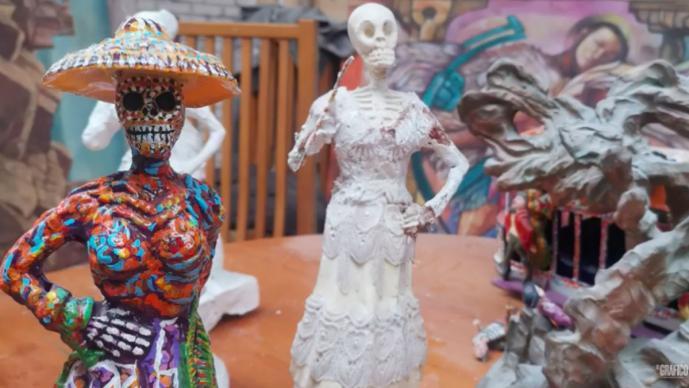 CATRINAS INVADEN LA CIUDAD DE MEXICO