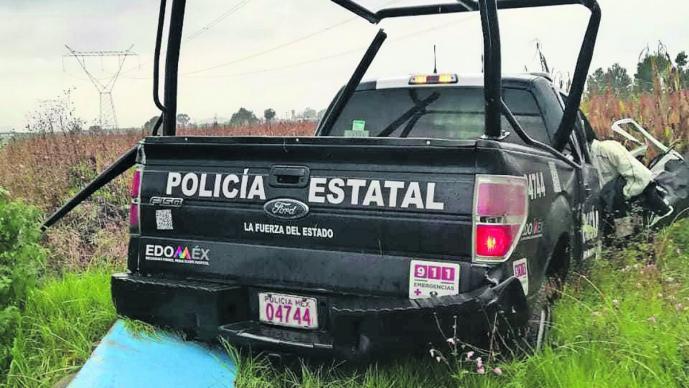 patrulla patina lluvia volcadura policías estatales heridos gravedad almoloya de juárez