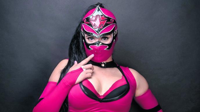 Pese a lesión, Mystique se aferra a convertirse en figura del CMLL
