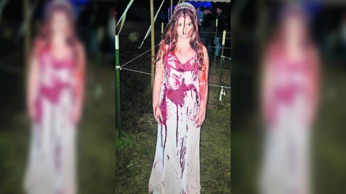 joven disfraz carrie sufre accidente la dan por muerta estados unidos