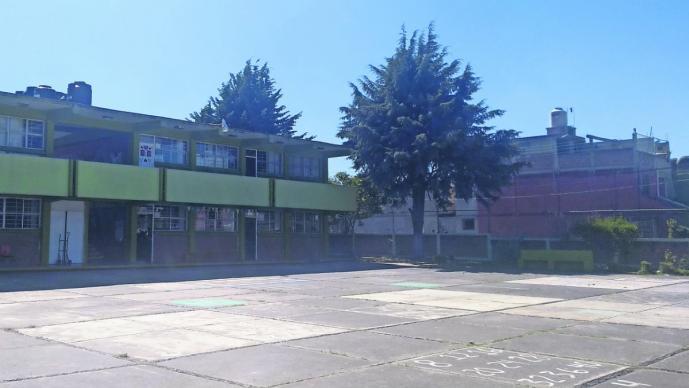 Denuncian robo de equipos de computo en escuela primaria de Metepec, Edomex