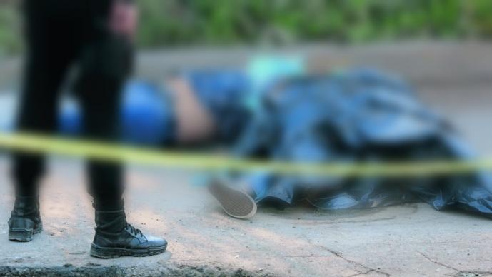 Asesinan a dos hombres y dejan sus cuerpos en bolsas de plástico, en Edomex