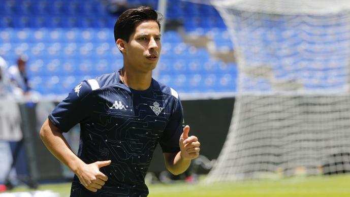 Diego Lainez saldrá del Betis en invierno