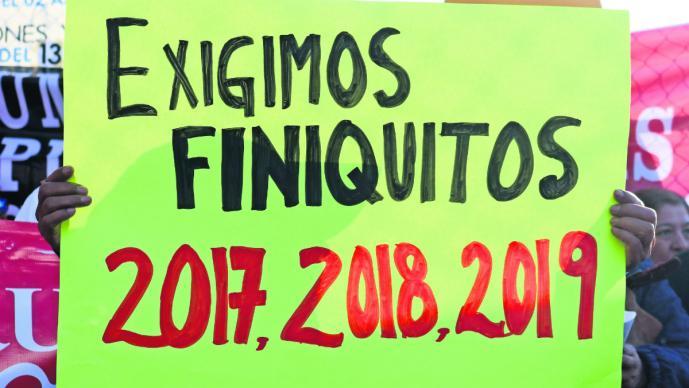 Universidad Autónoma del Estado de Morelos exigen finiquito