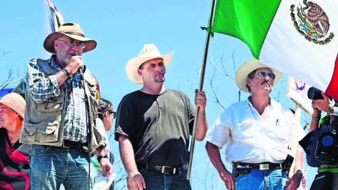Javier sicilia LeBarón marcha AMLO
